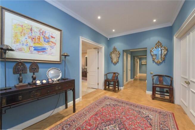 Hallway: W2