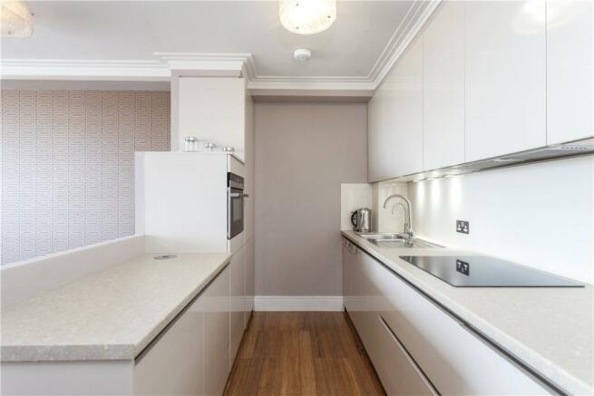 Kitchen: W2