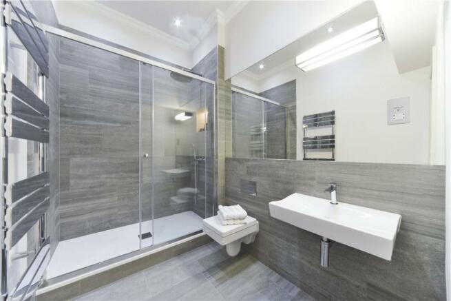 Bathroom :W2