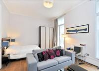 1 bedroom Flat to rent in Connaught Street...