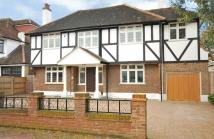 5 bed Detached home in Foxgrove Avenue...