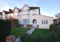 5 bed semi detached property to rent in Eden Park Avenue...