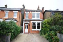 3 bed Detached property in Ravenscroft Road...