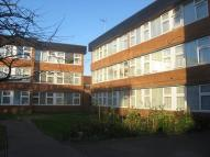 Flat in Honling Close SE9