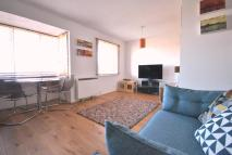 Flat to rent in Gables Close Lee SE12