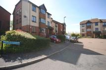 Flat in Oak Apple Court Grove...