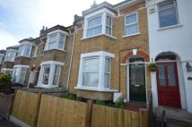 2 bed Flat to rent in Embleton Road Ladywell...