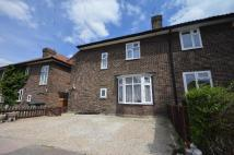 3 bed semi detached house in Farmstead Road SE6
