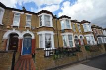 2 bed Flat for sale in Albacore Crescent...