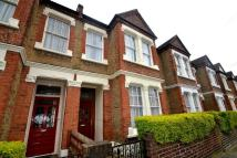 3 bedroom Terraced house in Overcliff Road SE13