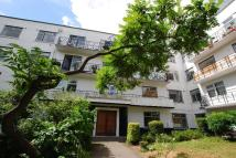 2 bed Flat in Taymount Rise Forest...
