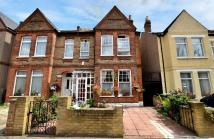 4 bedroom semi detached property for sale in Elsinore Road London SE23
