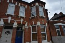 Flat to rent in Ackroyd Road SE23