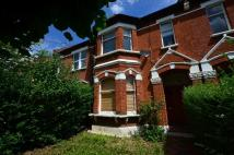 3 bedroom Flat in Vancouver Road, SE23