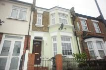 Terraced property to rent in Perry Rise Forest Hill...