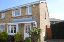 3 bed semi detached property in Staffordshire Street SE15