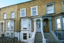 2 bed Flat for sale in Nunhead Lane London SE15