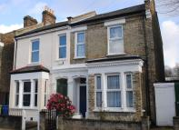 5 bed semi detached property for sale in Tresco Road London SE15