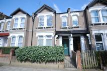 Flat in Ivydale Road Peckham SE15