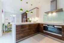 3 bedroom Terraced home in Ethnard Road Peckham SE15