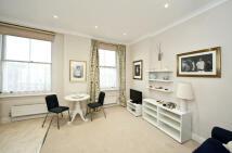 1 bedroom Flat to rent in Pembridge Road