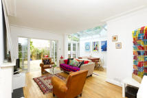 2 bed Flat to rent in Westbourne Park Road
