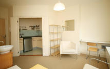 Flat to rent in Notting Hill Gate