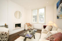 2 bedroom Flat to rent in Carlisle Mansions...