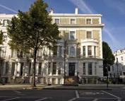 Flat in Ladbroke Grove, London
