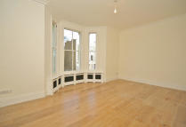 Flat in Chesterton Road