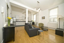 Flat to rent in Latimer Road