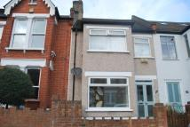 Flat for sale in Dunstans Road East...