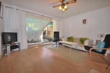 3 bed Flat for sale in Wood Vale SE23
