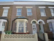 3 bed Terraced property in Amott Road Peckham Rye...