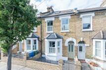 4 bed Terraced house for sale in Landells Road East...