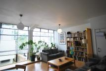 Flat for sale in Frobisher Place Peckham...