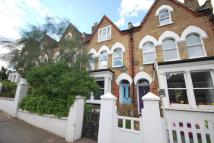 1 bedroom Flat in Grove Hill Road...