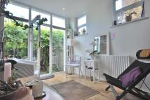 2 bedroom Flat to rent in Colyton Road East...