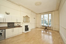 2 bed Flat to rent in Cornwall Gardens