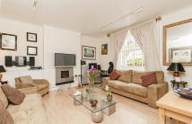 1 bedroom Flat in Ennismore Gardens, London