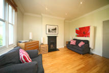Kempsford Flat to rent