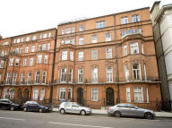 Flat to rent in Palace Gate