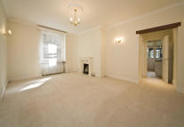 2 bed home in Drayton Court...