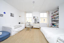Flat to rent in Seagrave Road
