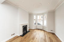 4 bed home to rent in Epirus Road, London