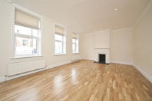 Flat to rent in North End Road, London