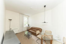 2 bedroom Flat to rent in Mornington Avenue...