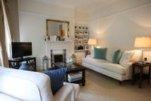 2 bedroom Flat to rent in Churchfield Mansions...