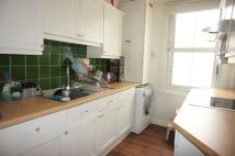 1 bedroom Flat in Queen Mary Road SE19