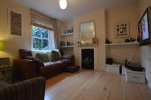 Flat to rent in Becondale Road SE19